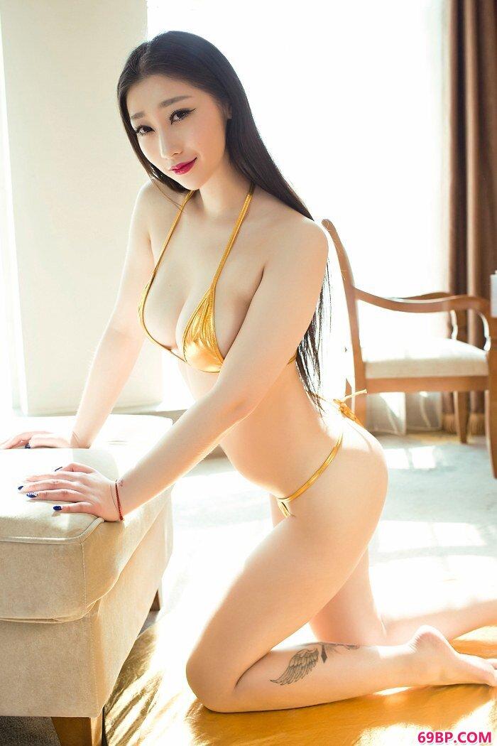 爆乳白富美妲己mm丰润身材凹凸有致_北京福景苑高级公寓
