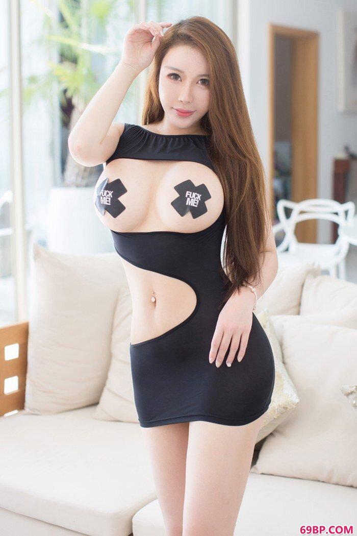 美丽巧厨娘尤妮丝私处隐现香艳迷人_高清西西人体44rt