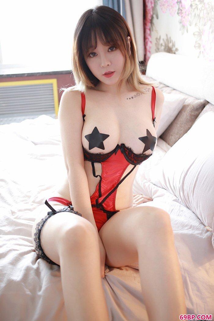 惹火美娇娘王雨纯美乳乱颤魅力无限_下一篇白灵150p