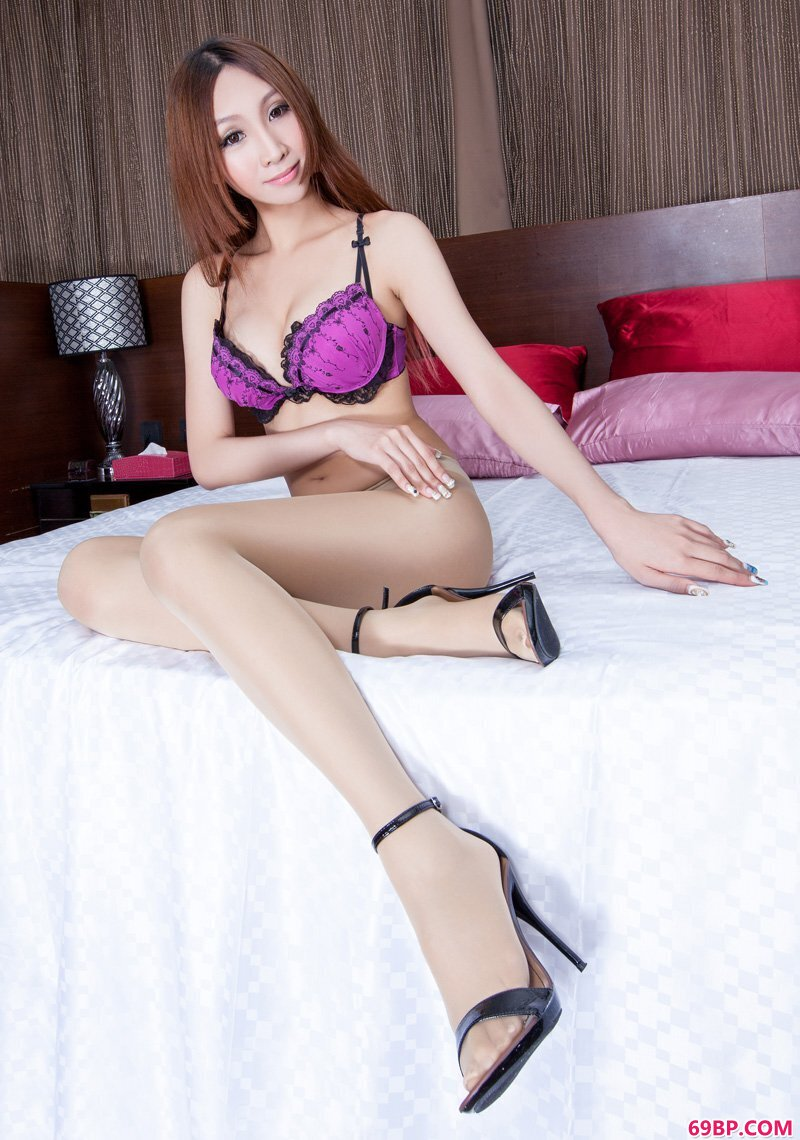 美腿嫩模第493期Miki_西西人体易阳正版高清