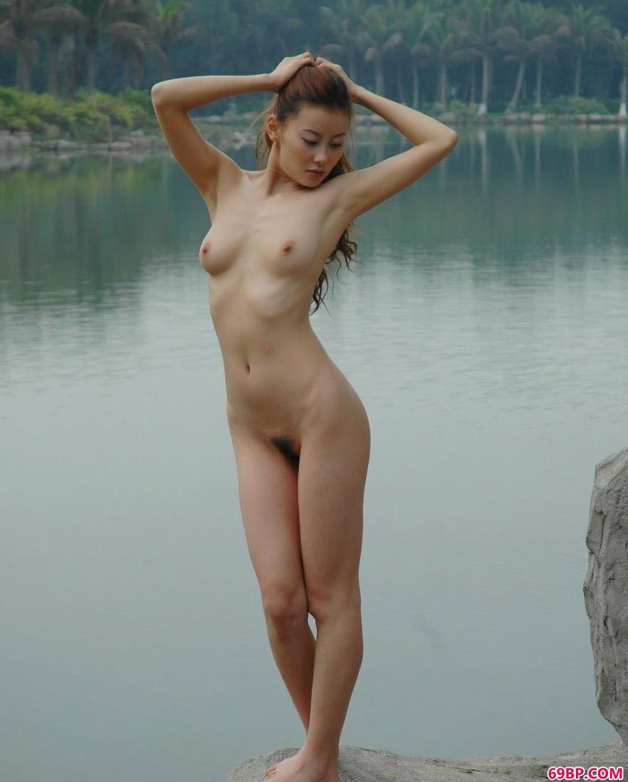 嫩模王丹深圳海上田园人体图片B1_最裸人体写真西西全集