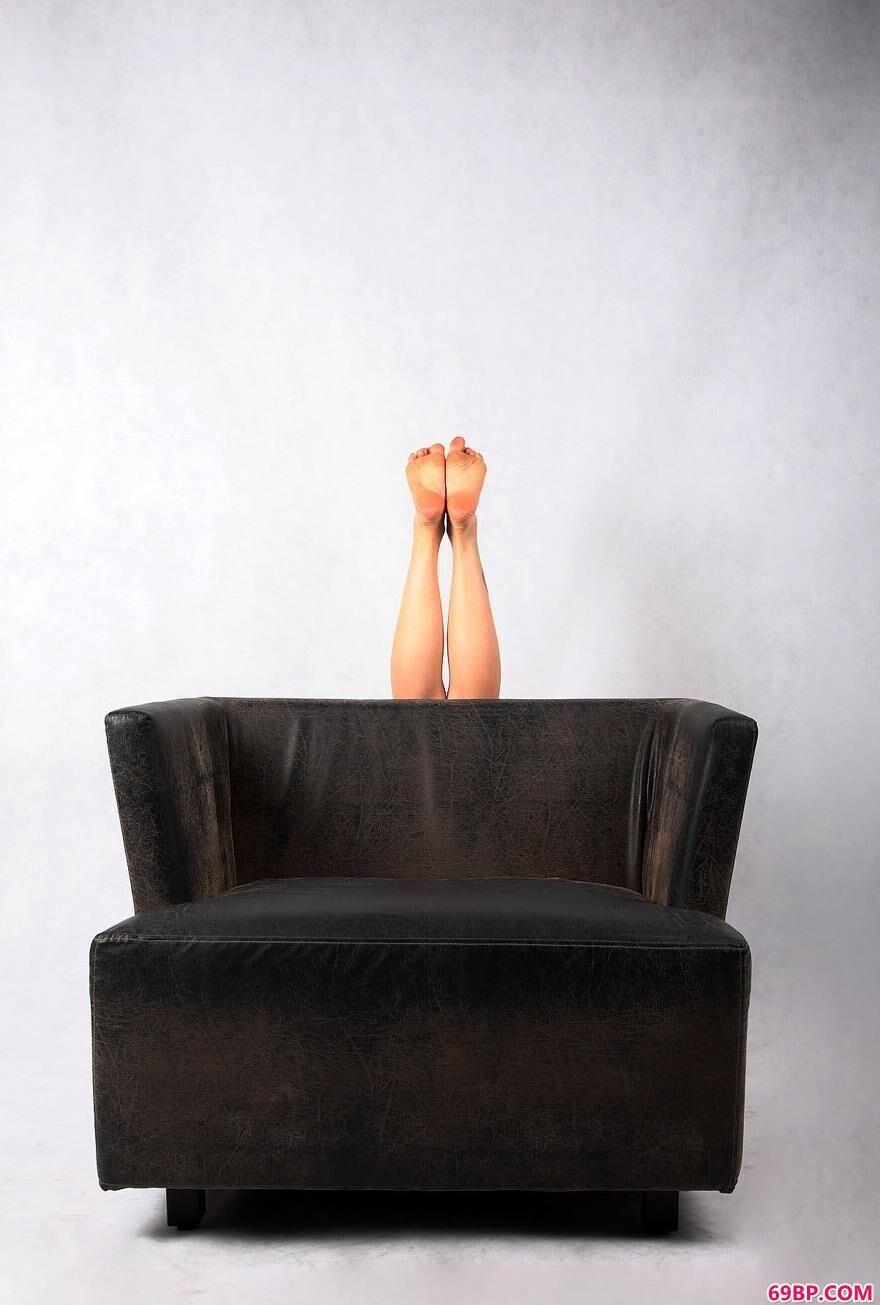 嫩模琦琦的梦,小娜gogo人体高清图片