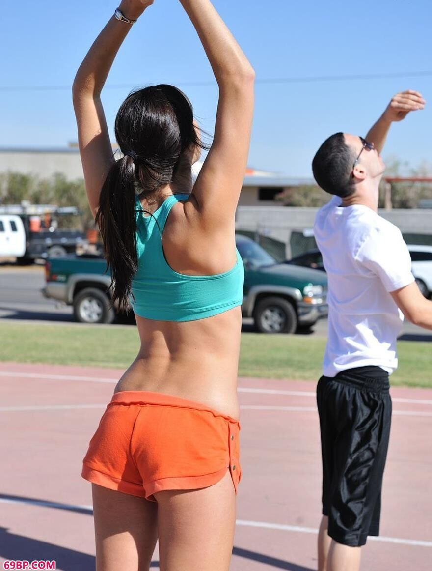 8362832泰国美女人体_喜欢打篮球的人体美媚2