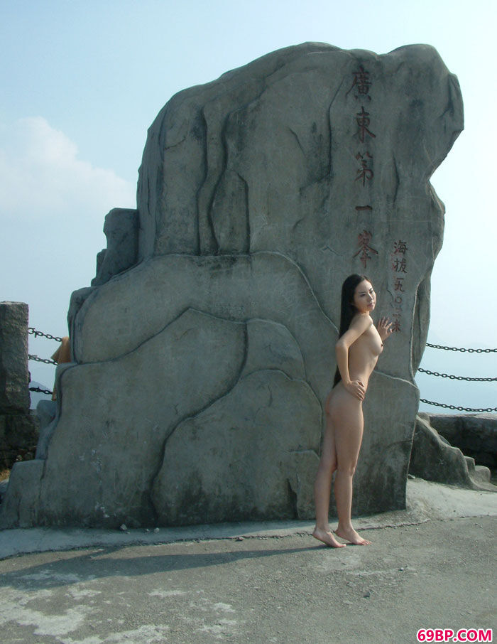 韩国靓女人体艺术_人体艺术gogo首页