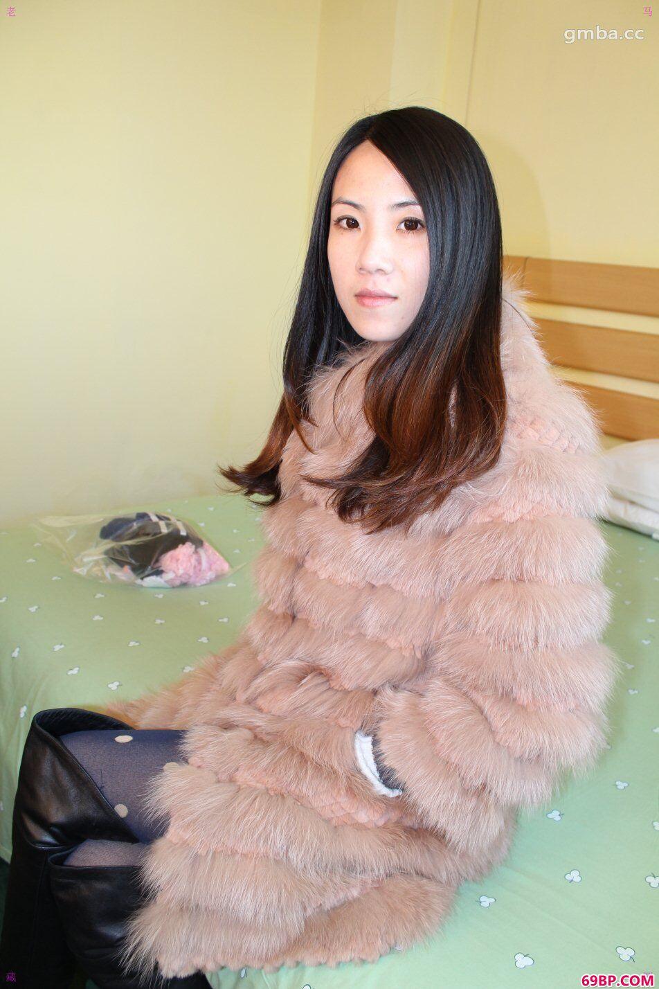 gogo嫩模小丸子酒店约拍超大尺度精品合辑_美女的木耳喷水了18p