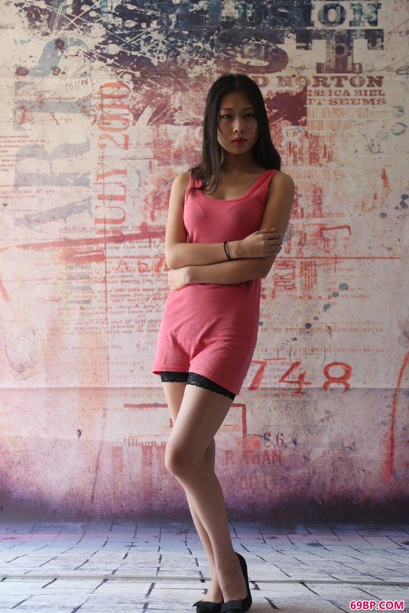 艺术背景墙名模黄莎莎