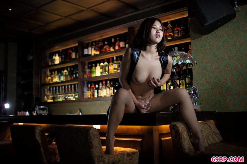 小资酒吧超模林璎