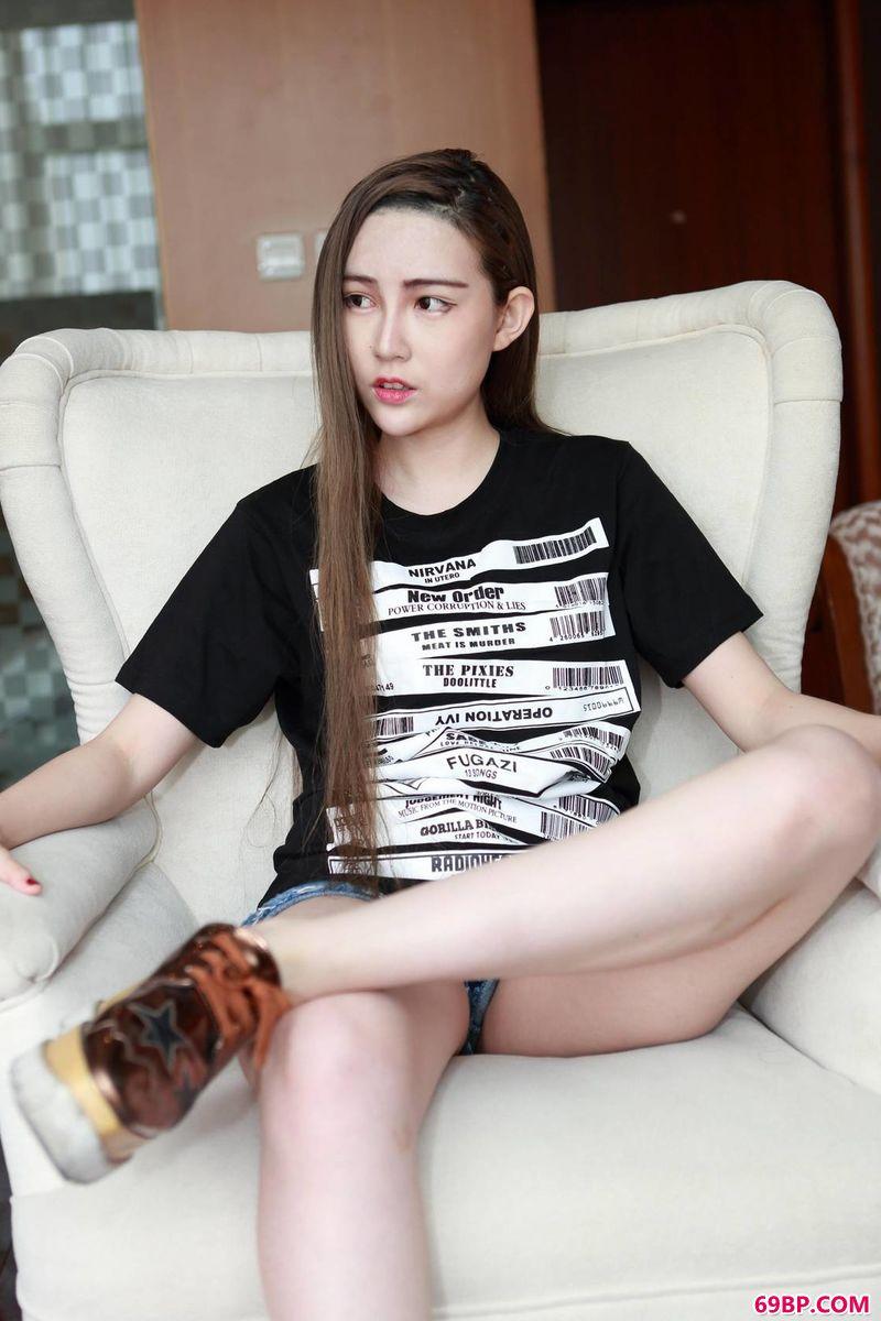 潮女赵小卓的美体_丰满熟女裸体舞