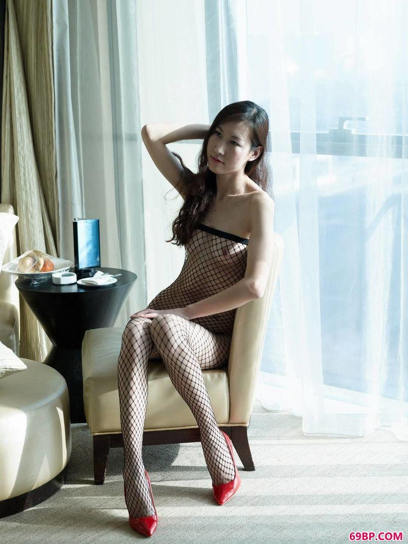 毛明春闺21张_纤纤女人味嫩模雯希